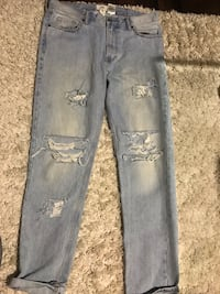 Ripped Light Blue Jeans Size 33 Surrey