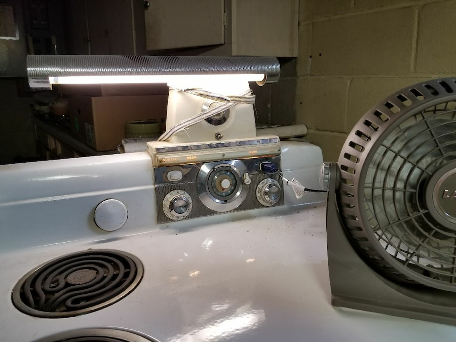Refurbished Vintage Electric Stoves ~ Used antique frigidaire electric stove in flint