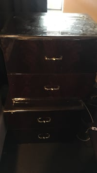 2 night stands used but fair condition
