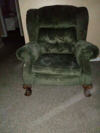 vintage sitting chair New Caney, 77357