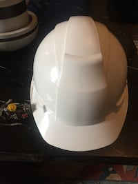 Safety hat, adjustable, never used