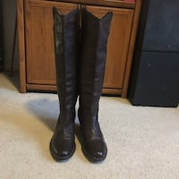 Pair of black leather knee-high boots Dumfries, 22026