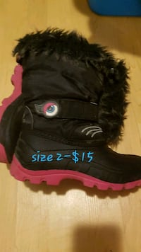 Boots size2 Cornwall, K6H 2H1