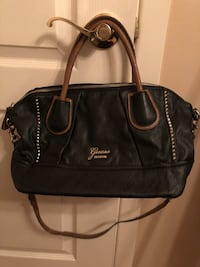Guess purse Montreal, H1R 1R3