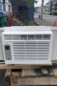5000 btu ac like new display dont light up but ice cold ac