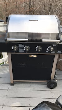 Black and gray gas grill Woodbridge, 22192