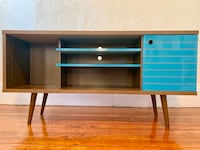 TV Stand Somerville, 02145