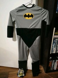 Small DC Batman costume and Mighty Change pouch Newmarket, L3Y 5S5