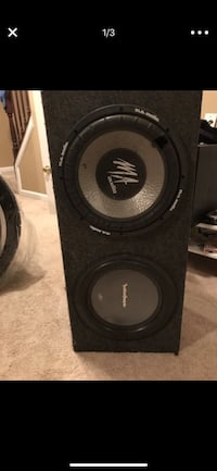 """12"""" speaker box with the top MA with a small hole in it Alexandria, 22304"""
