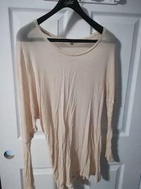 women's beige scoop-neck long-sleeved shirt Lévis, G6C 1N6