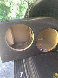 black and brown subwoofer enclosure Queens, 11433