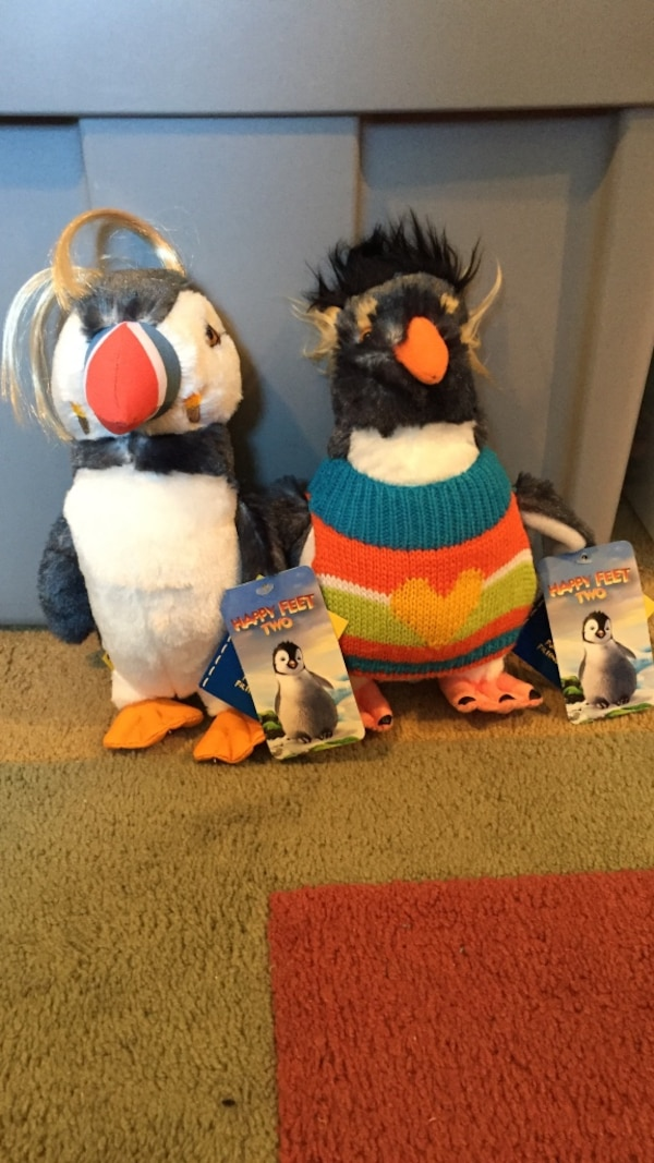Used Two Happy Feet Penguin Plush Toys For Sale In Hackettstown Letgo