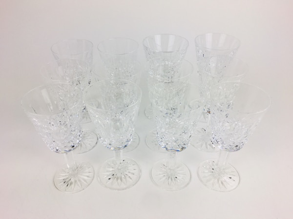 Begagnad Group Of Twelve Waterford Cut Crystal Wine Glasses 1018944