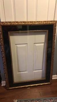 Large Picture frame  16 mi