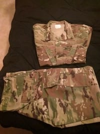 Army Uniform, OCP. Sold as a set Alexandria, 22315
