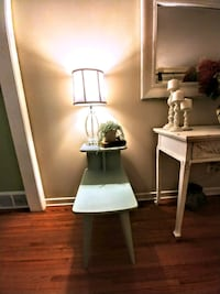 VINTAGE SIDE TABLE!!!!