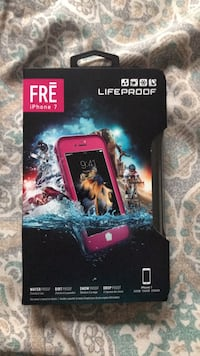 Pink lifeproof fre iphone 7/8 case 540 km