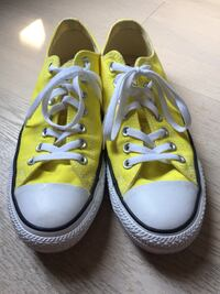 Yellow converse size 8.5 mens