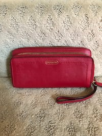 Red Coach Accordion Wallet  Ashburn