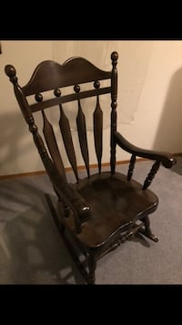 Rocking chair Mississauga, L5A 3C1