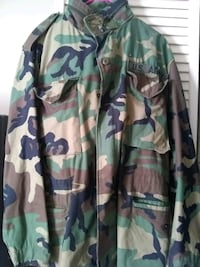 Camo Army coat St. Louis, 63128