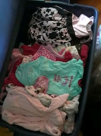baby's assorted clothes Akron, 44312