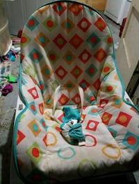 baby's multicolored bouncer Winchester, 22601