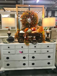 Farmhouse Style Dresser (Junk in the Trunk) Hull, 30646