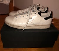 Raf simons Stan Smith size 4    1/2 Montreal