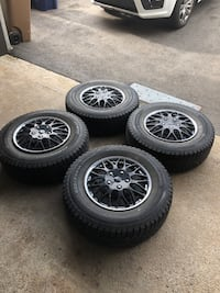4 Champiro winter tires 235/70R16 Ice Pro SUV tires with rims and hub caps Laval