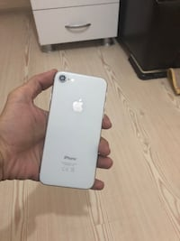 İphone 8 64 GB