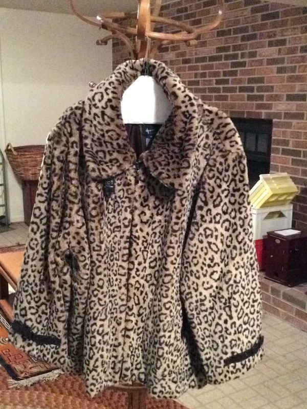 white and black leopard print zip-up jacket