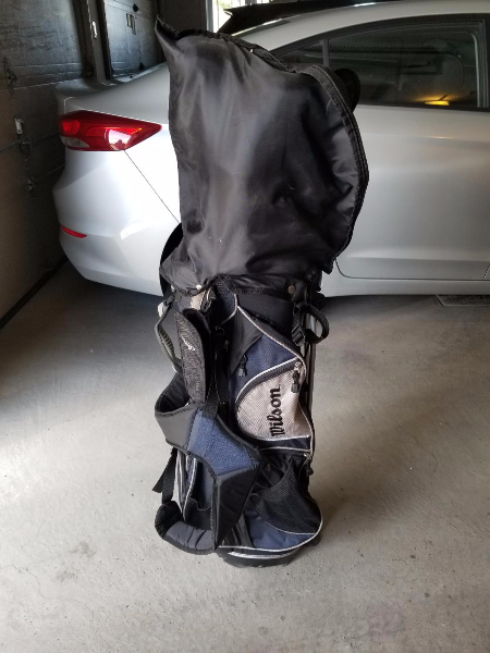 black and gray golf bag Laval