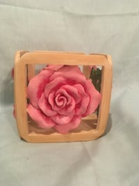 Rose candle holder!3 inches tall!  Asheboro, 27203