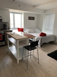 To rent Comfortable studio and family apartment. Montreal
