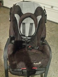 3 in one seaft first car seat excellent condition  Ottawa, K1T 1J2