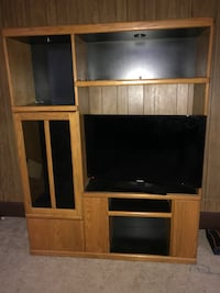 Brown wooden TV hutch with lights like new Boswell, 15531