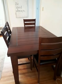 Solid Wood Dining Table Halifax, B3L 2M2