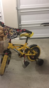 toddler's yellow Bumblebee bicycle with training wheels Surrey, V3X 1E8