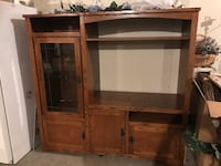 Nice entertainment center. Fits 37.5 in wide tv Jefferson, 21755