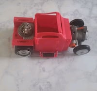 Farmhouse Toy Car