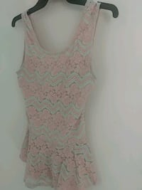 women's mint and pink floral sleeveless shirt San Diego, 92154