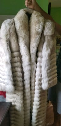 Custom made blue fox fur coat Toronto, M9N 1J1
