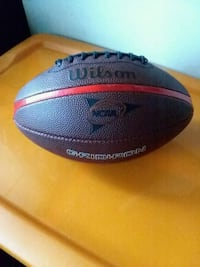 (LIKE NEW) FULL SIZE LEATHER FOOTBALL:$15 OBO.  Fort Wayne, 46803