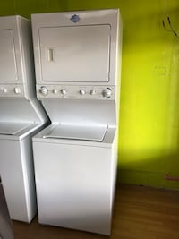 "Frigidaire white stacked washer and dryer unit 27"" 47 km"