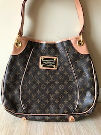 Woman LV Brown OBO Springfield, 22151