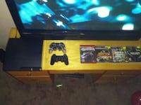 Ps3 + 2 controllers + 4 games