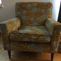 Vintage Chair - Couch Toronto, M3C