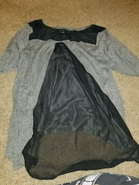 gray and black long-sleeved blouse Germantown, 20874