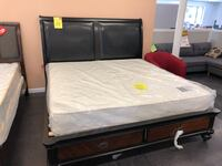 King size bed frame  阿普兰, 91786